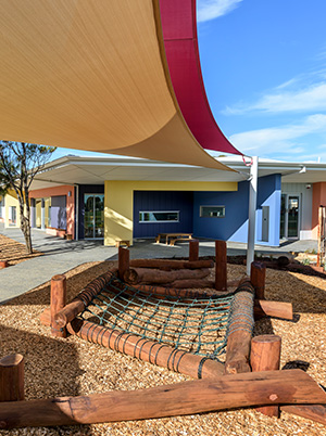 Woodcroft-College-Early-Learning-Centre-outdoor-Nature-Play-Area-sensory-play